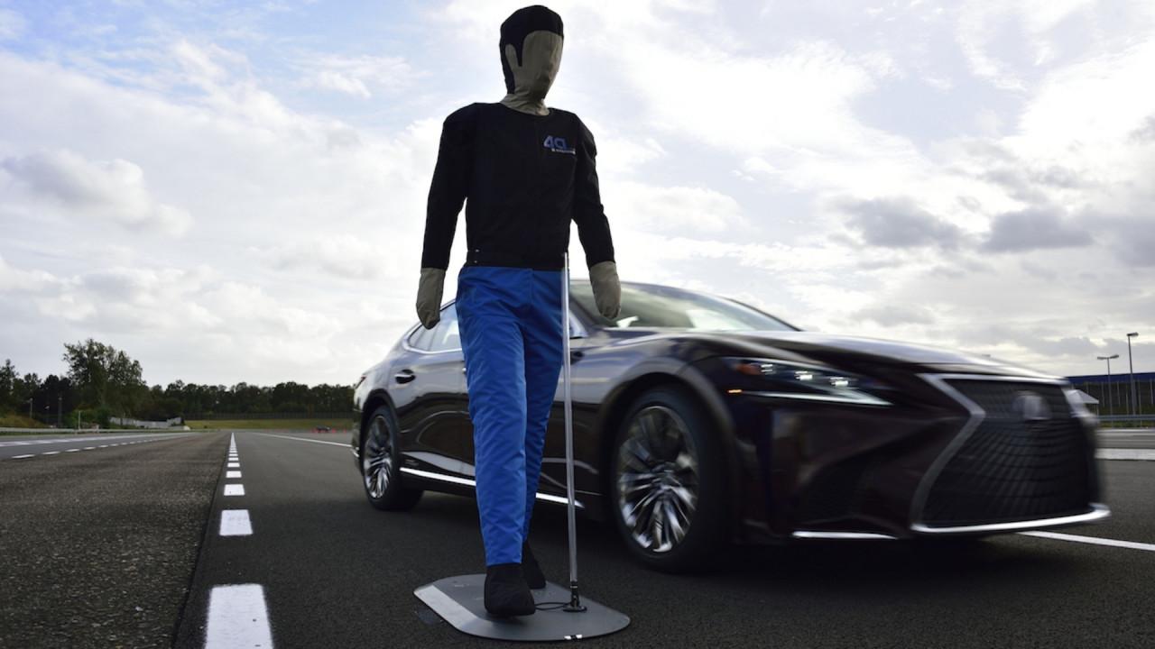 [Copertina] - Toyota dichiara l'obiettivo zero vittime