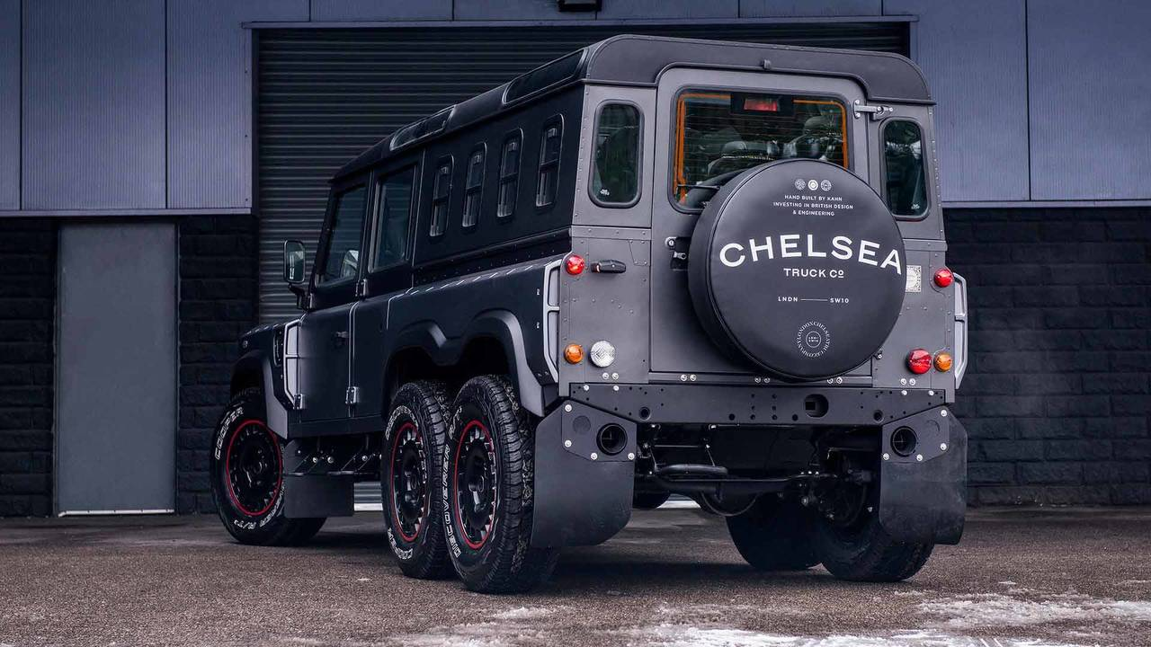 Stretched Land Rover Defender 6x6 Could Haul Whole Family Off Road