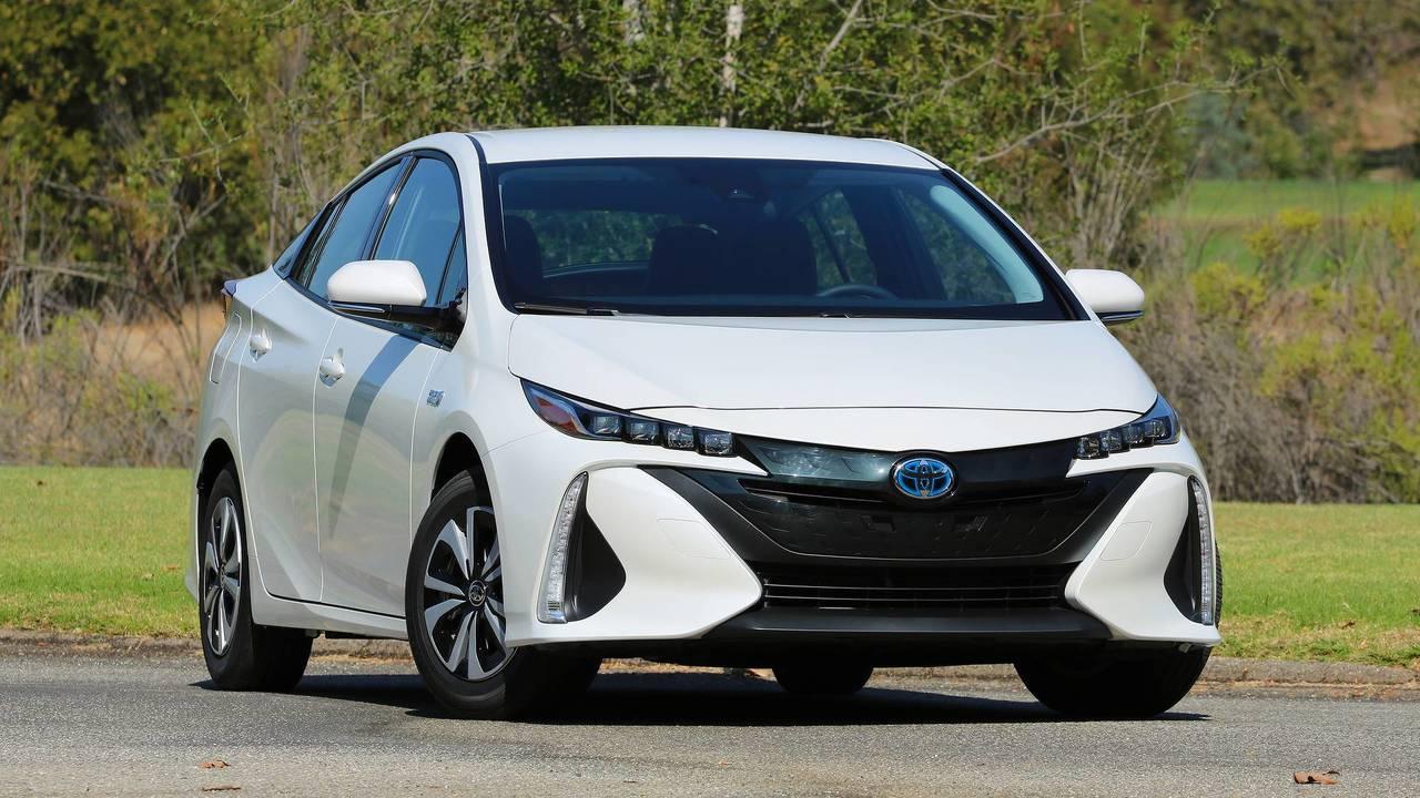 2017 World Green Car: Toyota Prius Prime