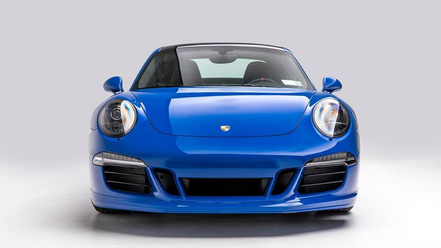 2016 Porsche 911 GTS Club Coupe
