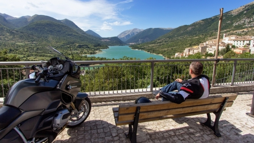 Con la BMW R 1200 RT alla scoperta del Parco Nazionale d'Abruzzo, Lazio e Molise