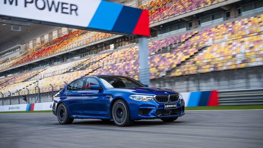 Számos díjjal búcsúzik 2017-től az új BMW M5