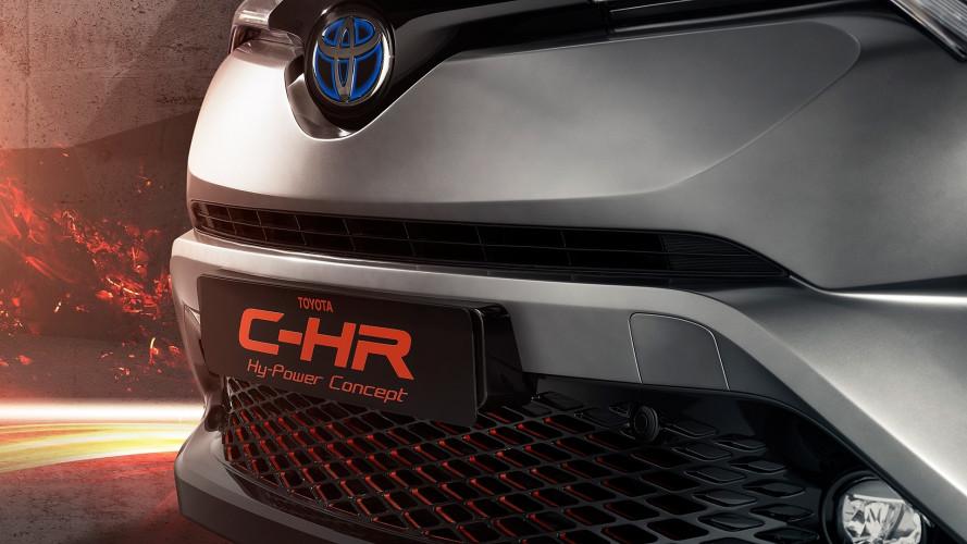 """Toyota CH-R """"pepata"""" e nuova Land Cruiser a Francoforte"""