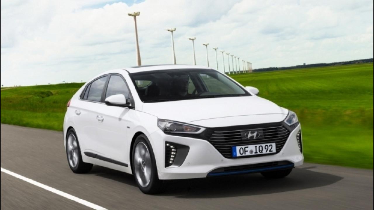 [Copertina] - Hyundai Ioniq, all'inseguimento di Prius