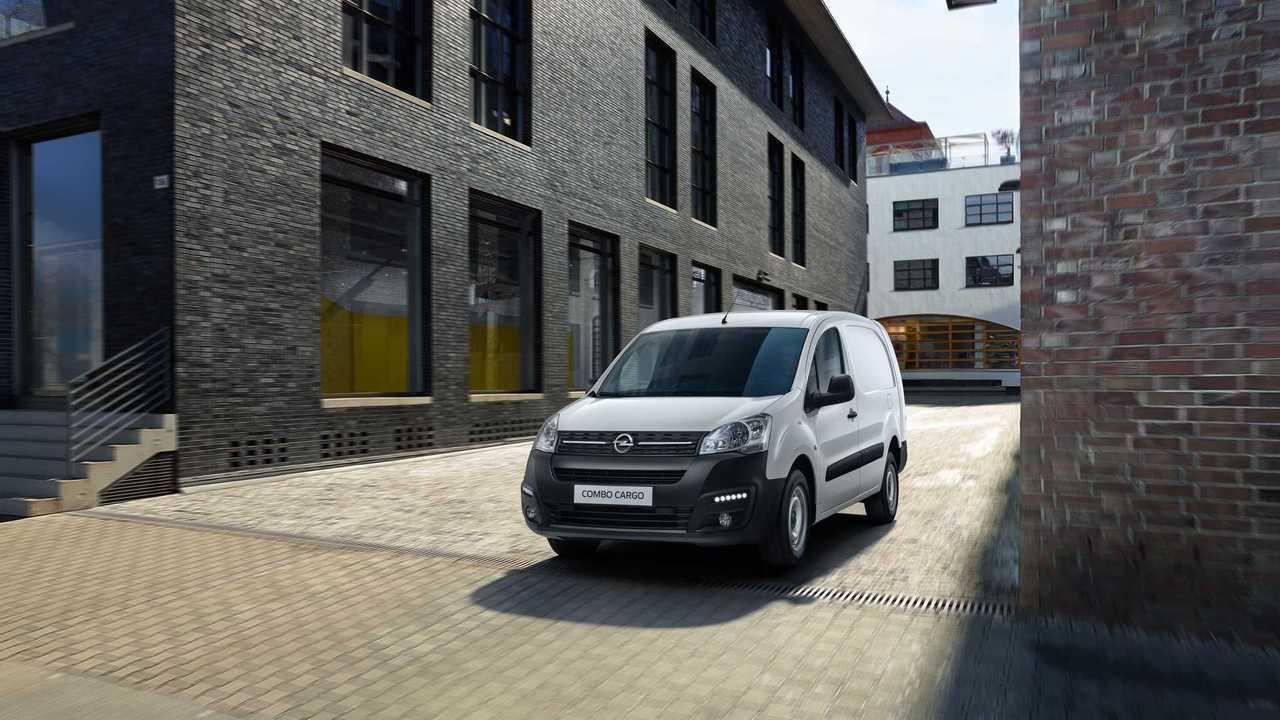 Россиянам предложили Opel Combo Cargo местной сборки
