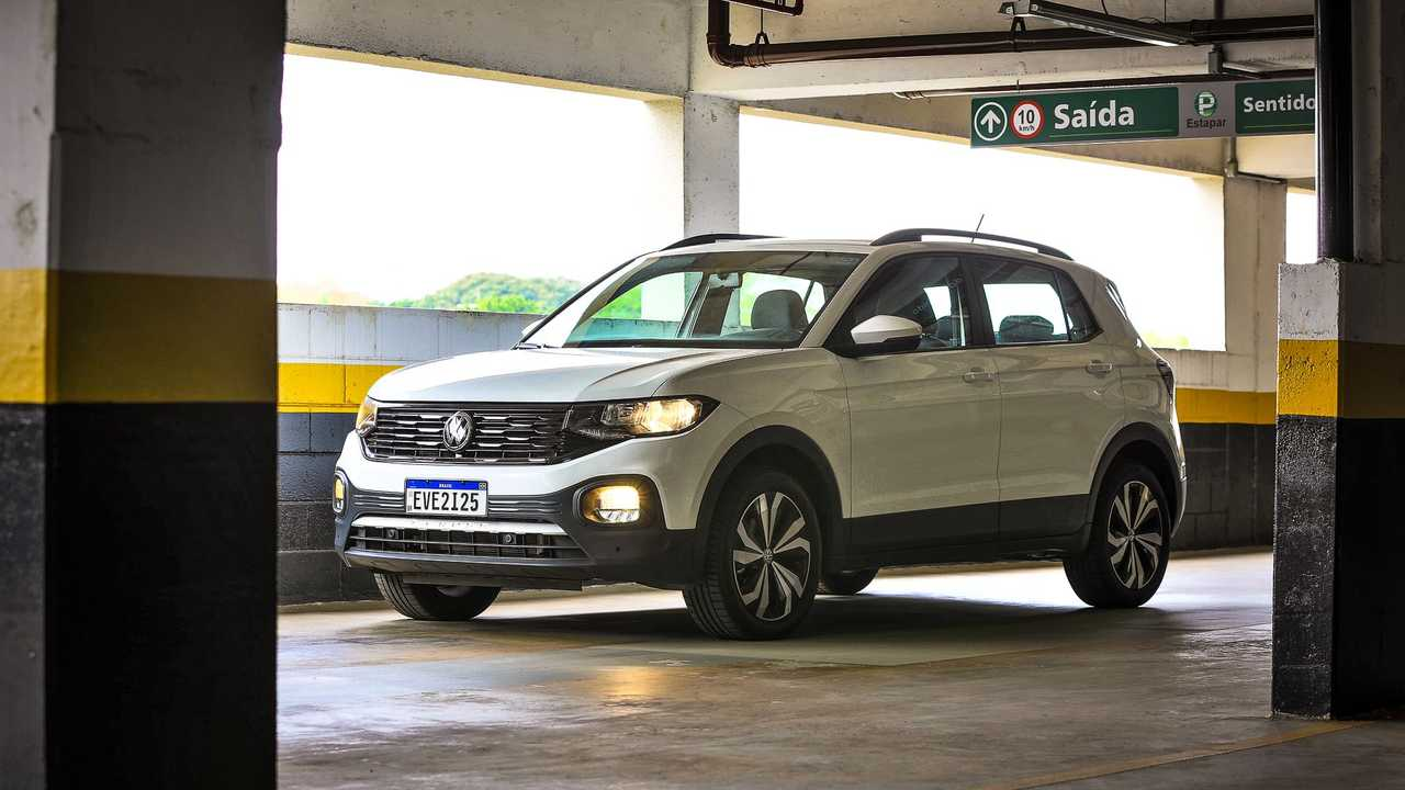 Volkswagen T-Cross 200 TSI 2021 visto de lateral