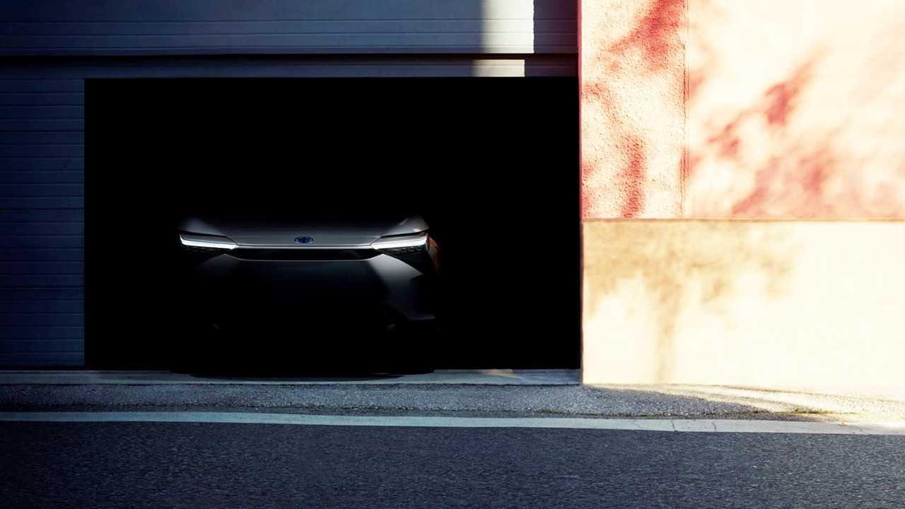 Toyota zeigt ein erstes Teaser-Bild von der Front des geplanten Elektro-SUVs.