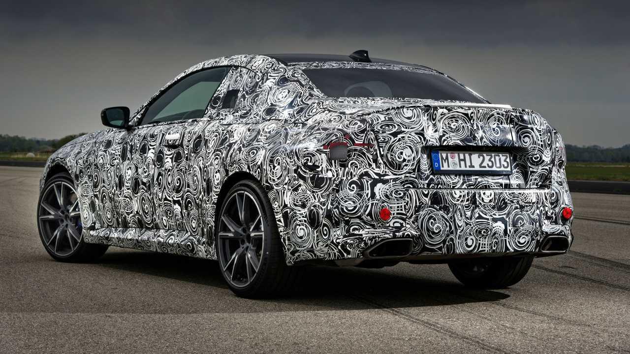 New BMW 2 Series Coupé, teaser photos of the prototypes