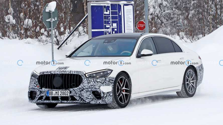 2022 Mercedes-AMG S63e new spy photos