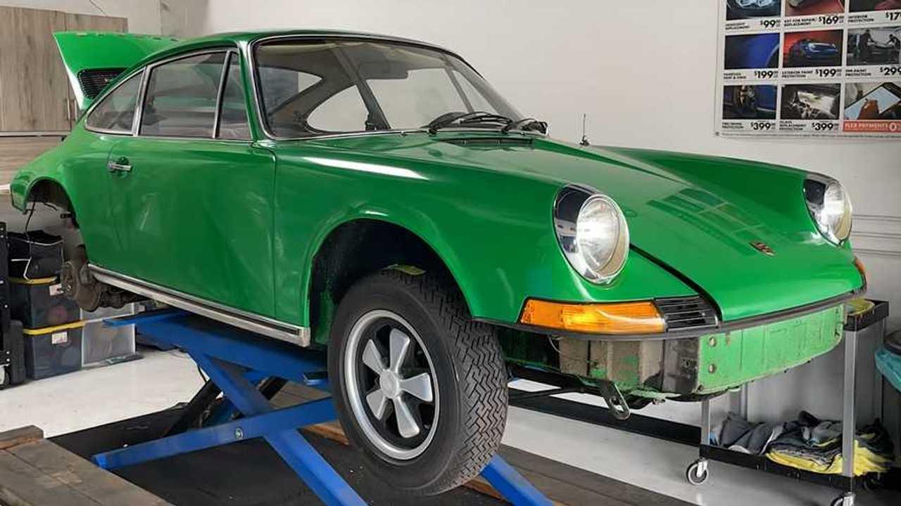 Porsche 911 fényezés