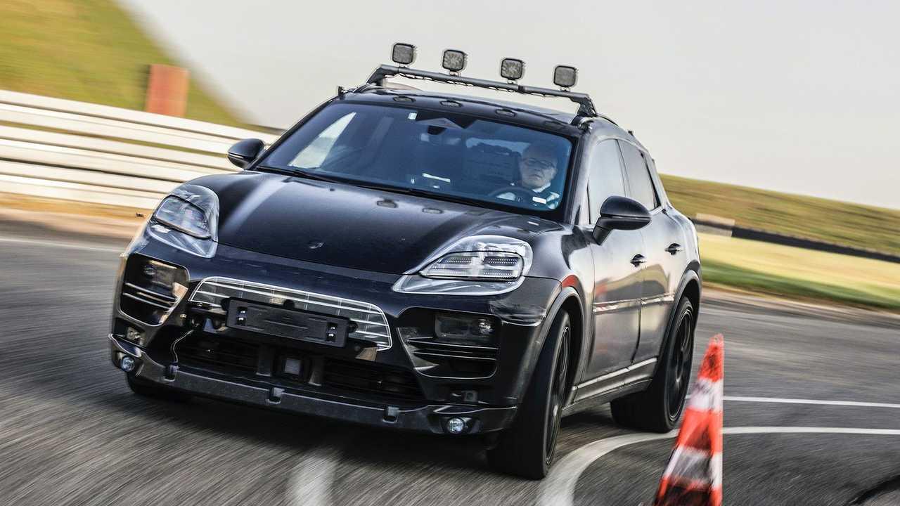 Porsche Macan elettrica, le prime foto ufficiali dei prototipi
