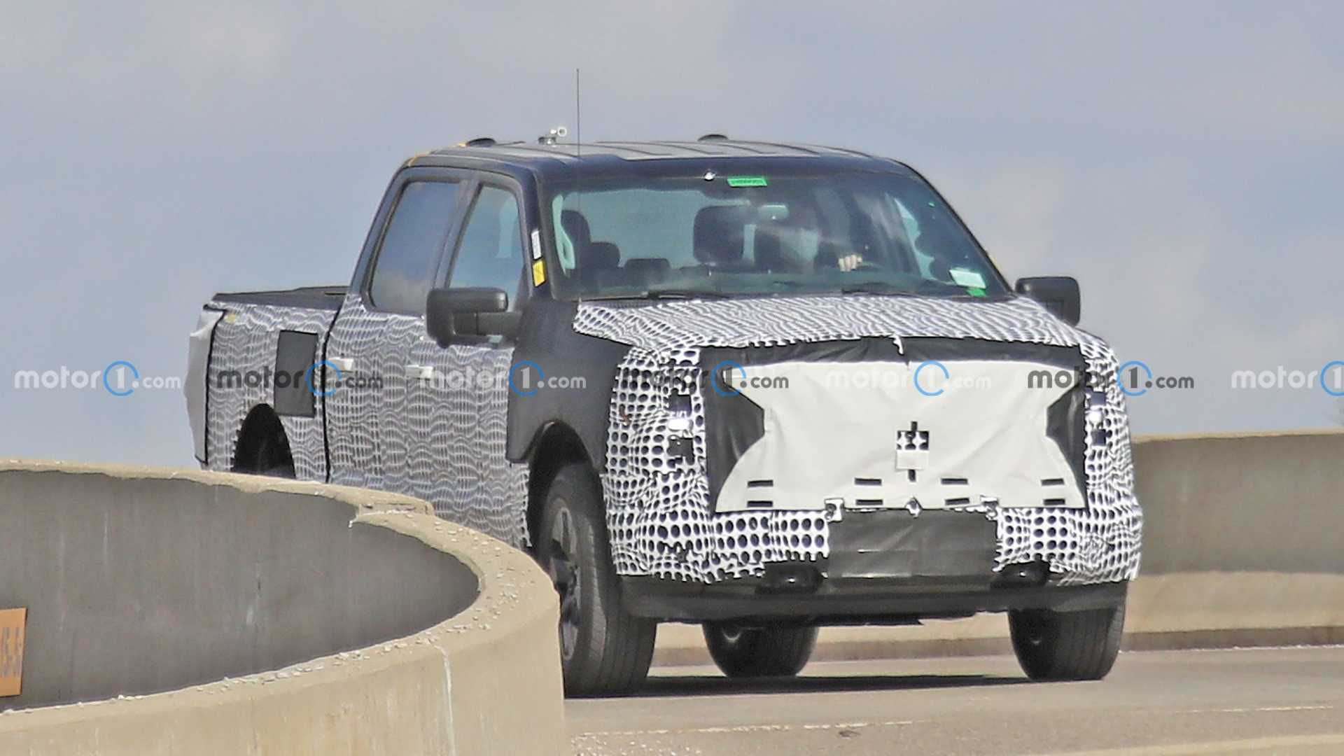 2023 Ford F-150 EV Front Spy Photo