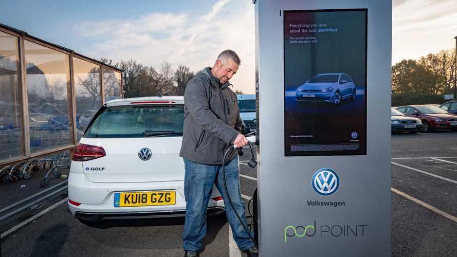 Diesel e benzina, il Regno Unito anticipa lo stop al 2032