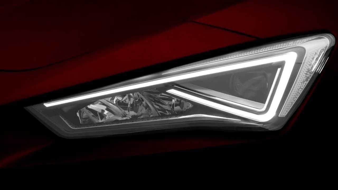 2020 SEAT Leon teaser-fotó