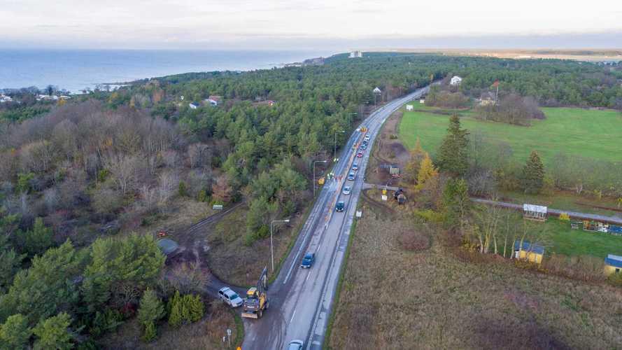 Come funziona l'autostrada in Svezia con ricarica wireless incorporata