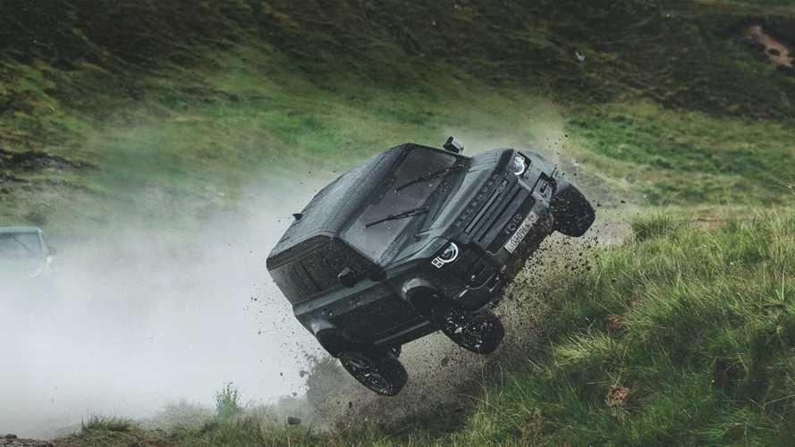 Videó: Eszméletlen jelenetek a legújabb Land Rover Defender reklámfilmben