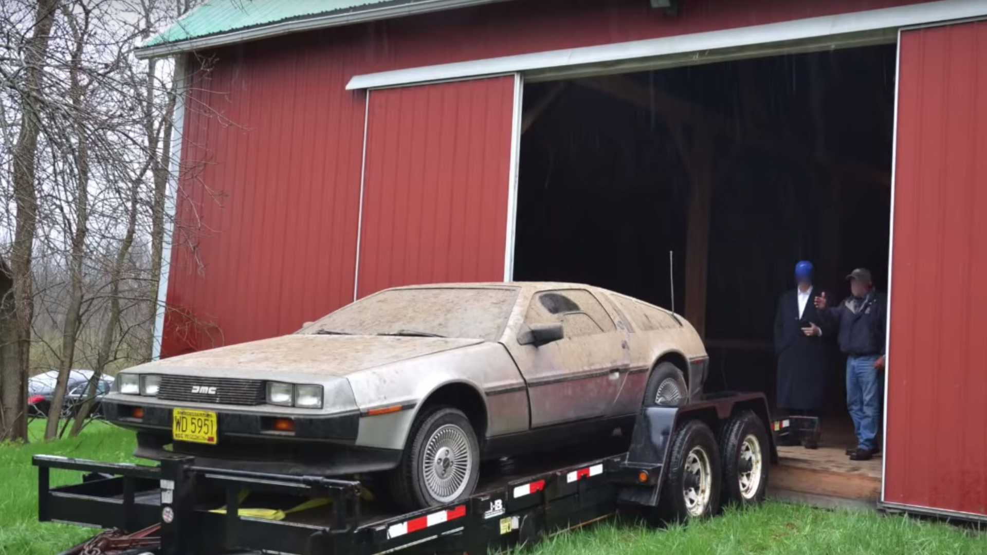 "[""This DeLorean Barn Find Finally Sees The Lights After 32 Years""]"