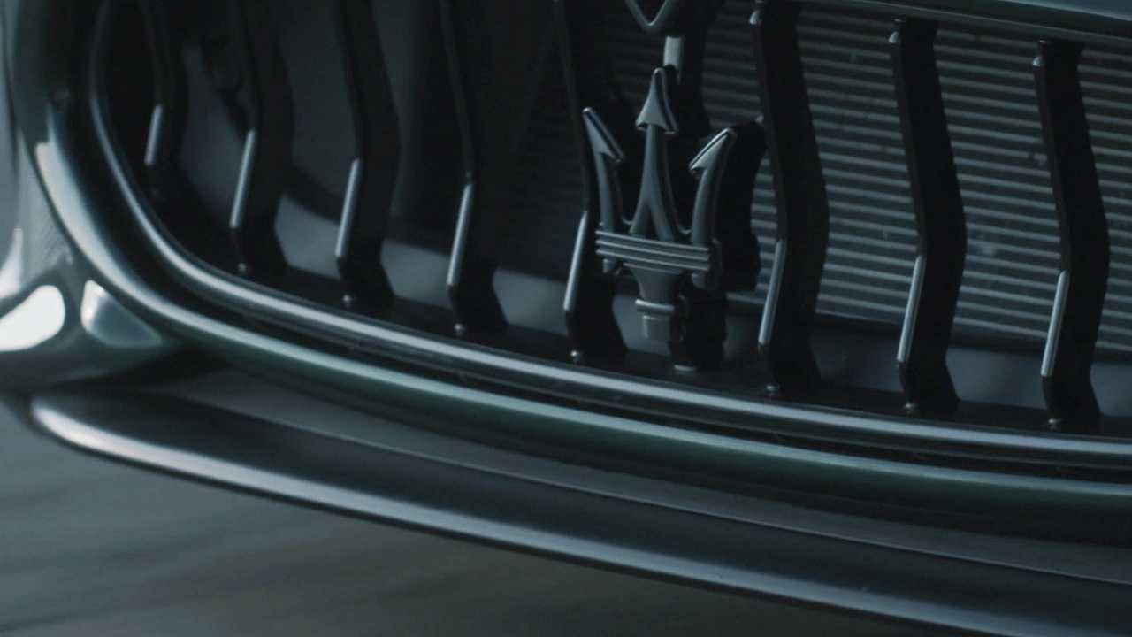 Maserati GranTurismo elettrica, il teaser del prototipo