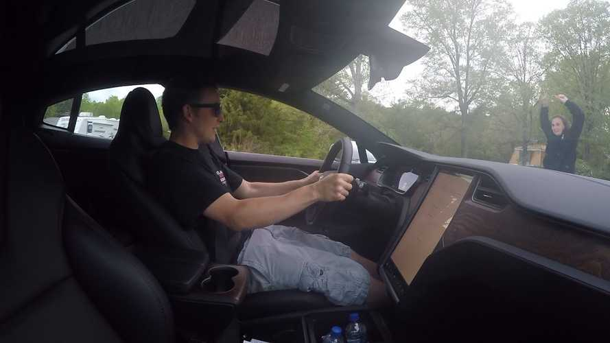 Tesla Model S Owner Says Cheetah Stance Launch Mode Isn't Perfect