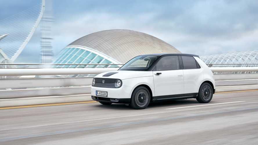 Prueba Honda e 2020: un coche eléctrico, más que urbano y con 6 pantallas