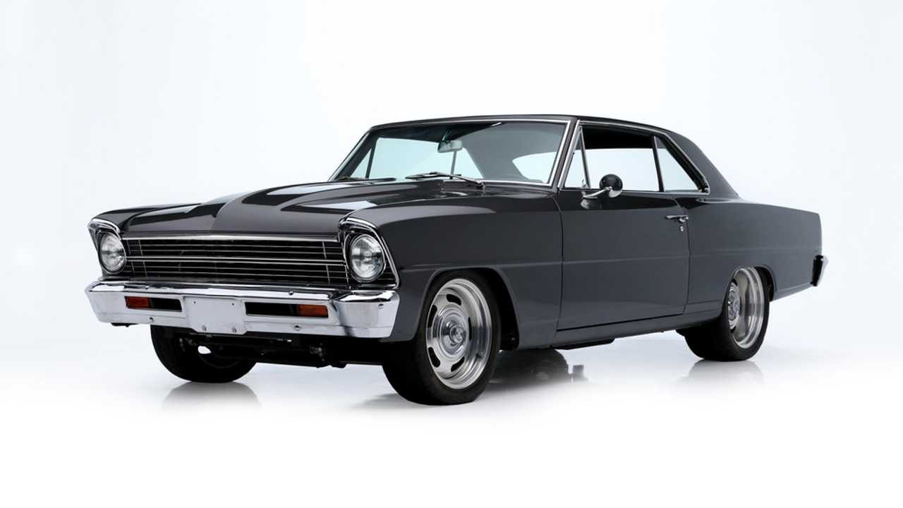Chevrolet Nova Custom Coupe (1967) - Adjugée à 60'500 dollars
