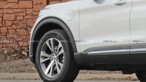 Ford Explorer PHEV Spy Photos