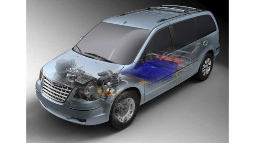 Chrysler Starts Delivering Plug-In Electric Vans