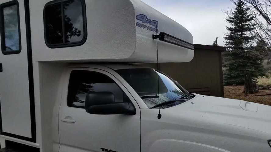 Toyota Tacoma 4x4 Camper