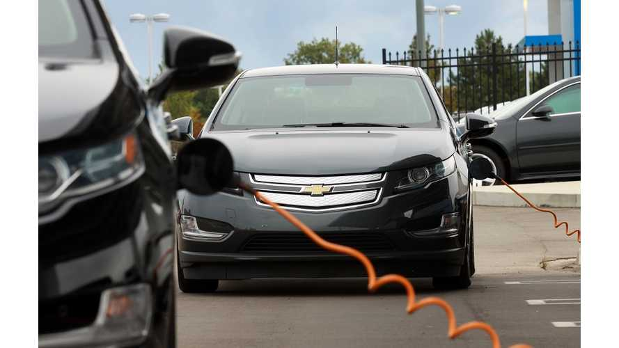 "CBS Pittsburgh: ""Electric Cars Are Like a Foreign Language,"" But There's Nothing Foreign About This: Chevy Volt Owner Gets 600 M"