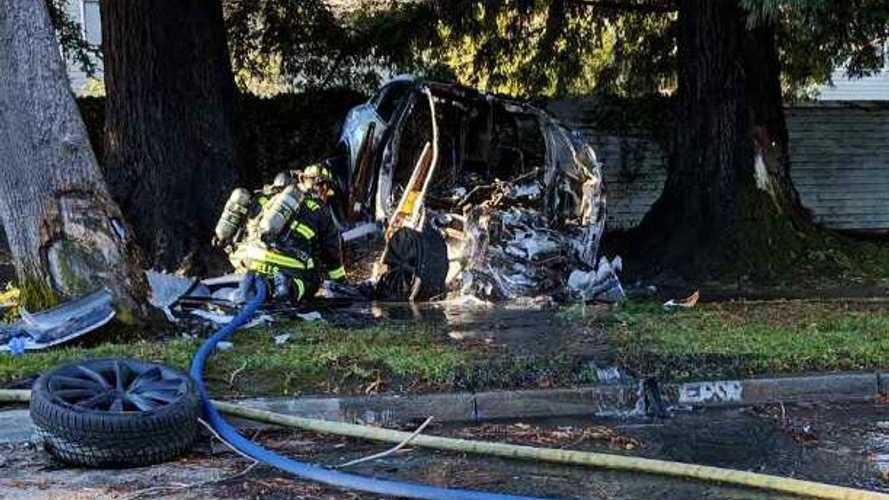 Tesla Model X Driver Survives Horrific Crash, Fire: Video