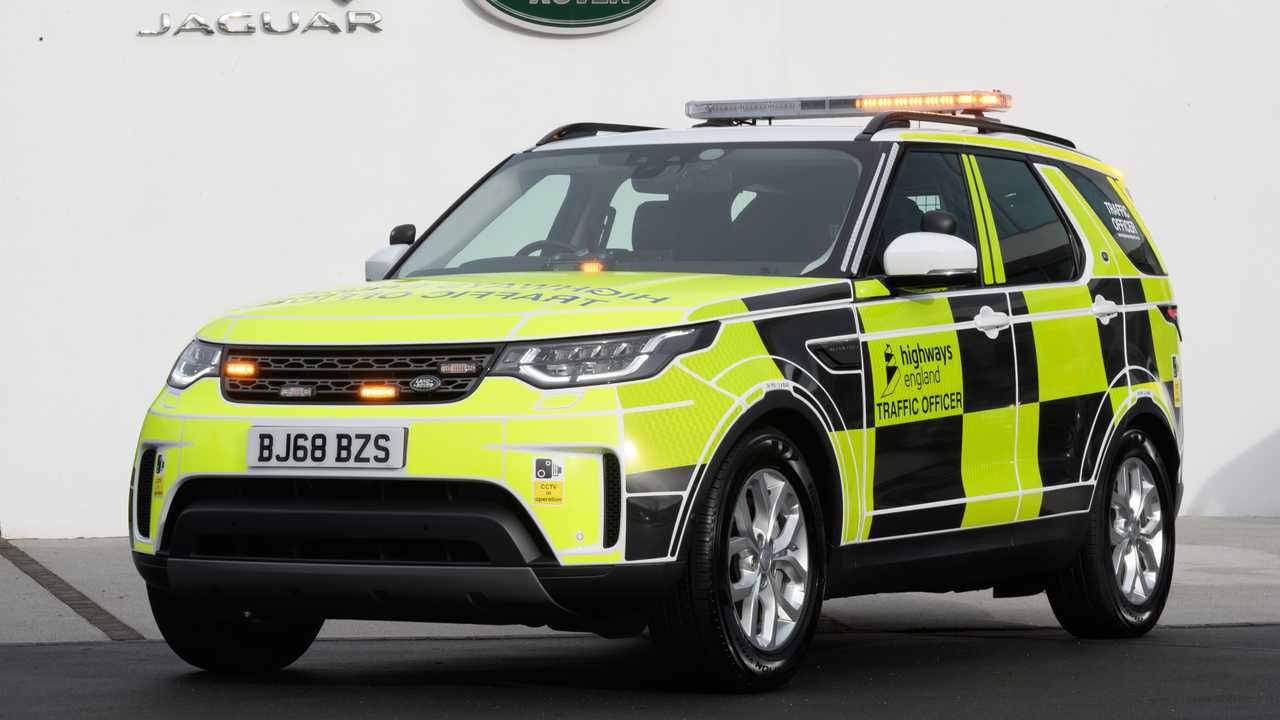 Highways England Land Rover Discovery
