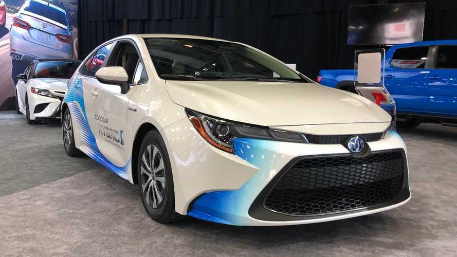 Novo Toyota Corolla Sedan 2020 no Salão de Detroit