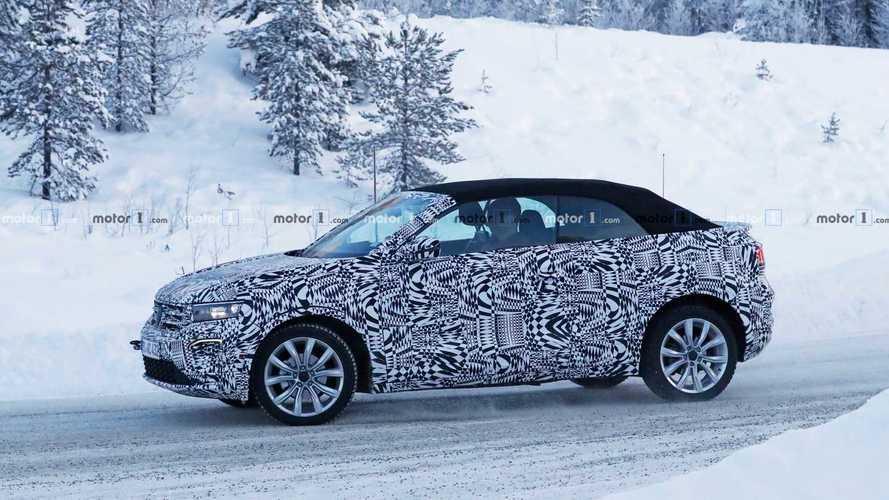 VW T-Roc Cabrio (2019) bei Wintertests erwischt