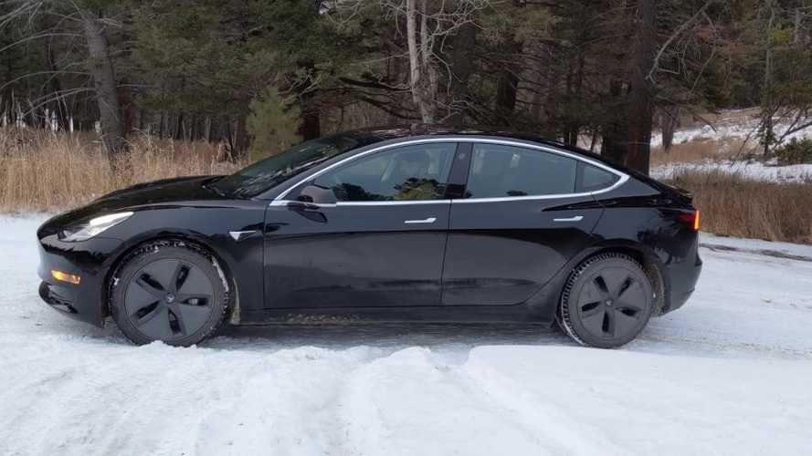 Watch Tesla Model 3 AWD Tackle Snowy Incline