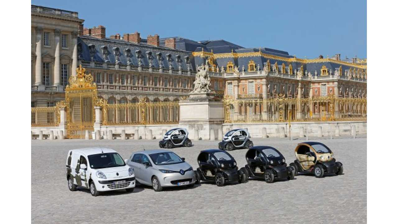 4ad25d849a1b39 Renault Charges Up Palace of Versailles With 23 Electric Vehicles (w video)