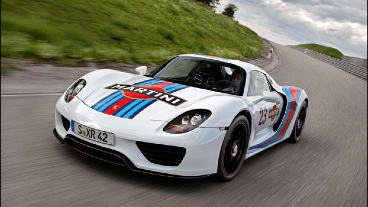 [Copertina] - Porsche 918 Spyder, al Nurburgring in livrea Martini Racing