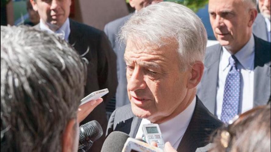 Incentivi all'auto elettrica: il ministro Clini ne assicura la discussione in Parlamento
