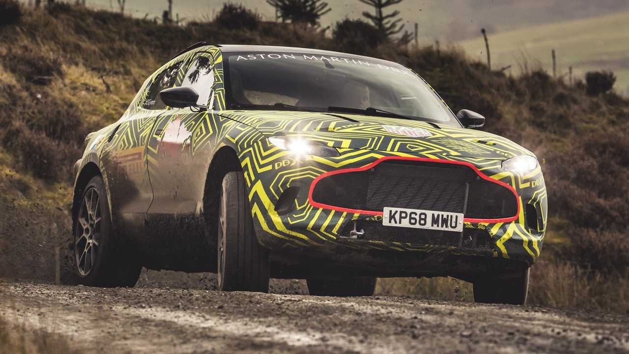 Aston Martin DBX teaser'ları