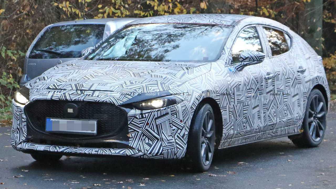 Mazda 3 2019 Erlkonig Aussen Und Innen Erwischt