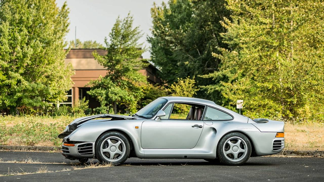 Porsche 959 For Sale >> Busted Up Porsche 959 Sold At Auction For 425 000