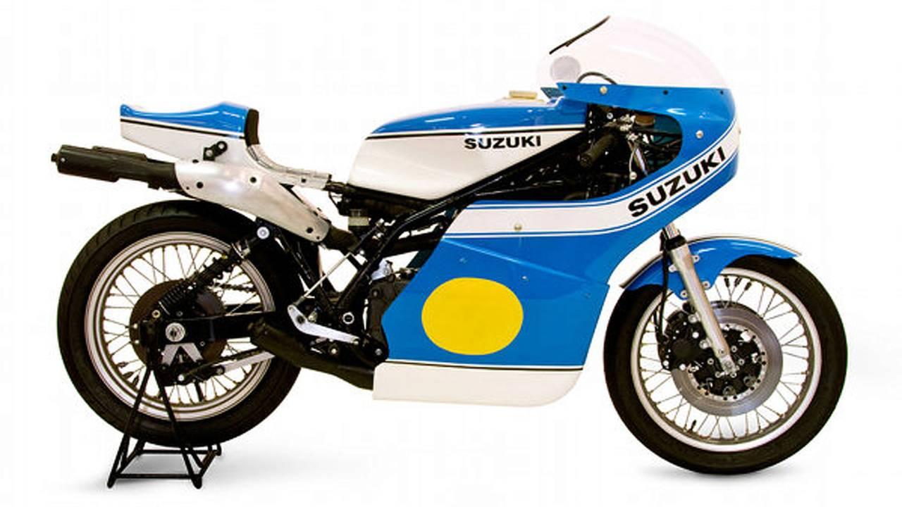 Retro: 1975 Suzuki RG500 XR14
