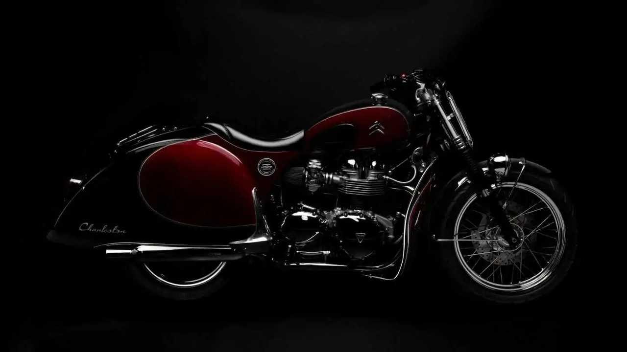 Moto spéciale pour les 70 ans de la 2CV