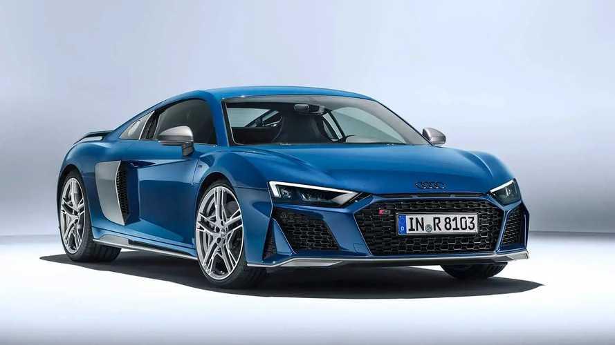Audi R8'ler teslimattan önce trafikte de test ediliyormuş