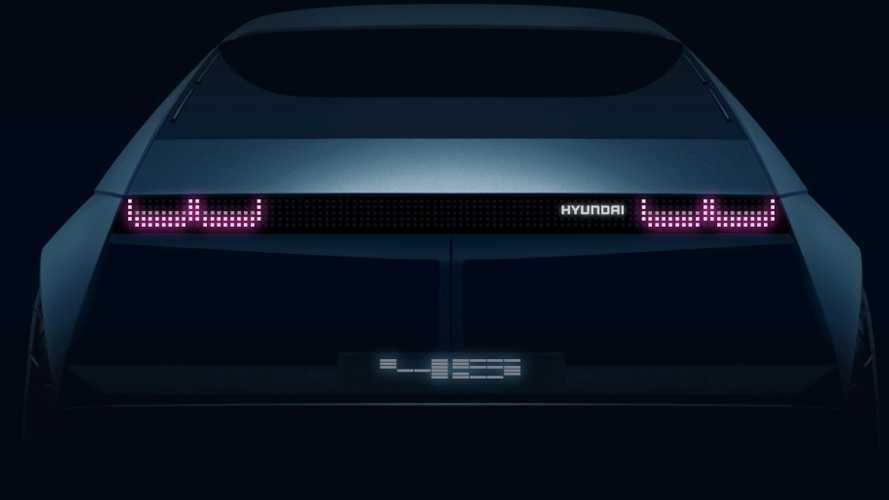 Hyundai montre l'arrière de son concept électrique