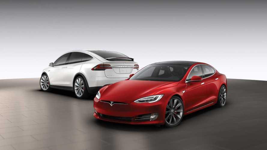 Hangot kapnak a Tesla modelljei, a duda akár egy kecske hangján is megszólalhat