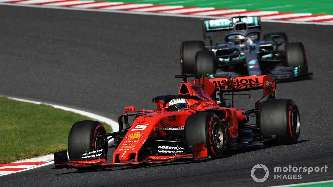 Sebastian Vettel leads Lewis Hamilton at Japanese GP 2019