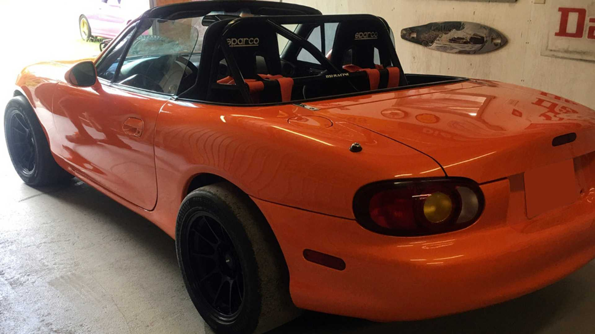 "[""1999 Mazda Miata 'Hell Kitty' Headed To Barrett-Jackson""]"