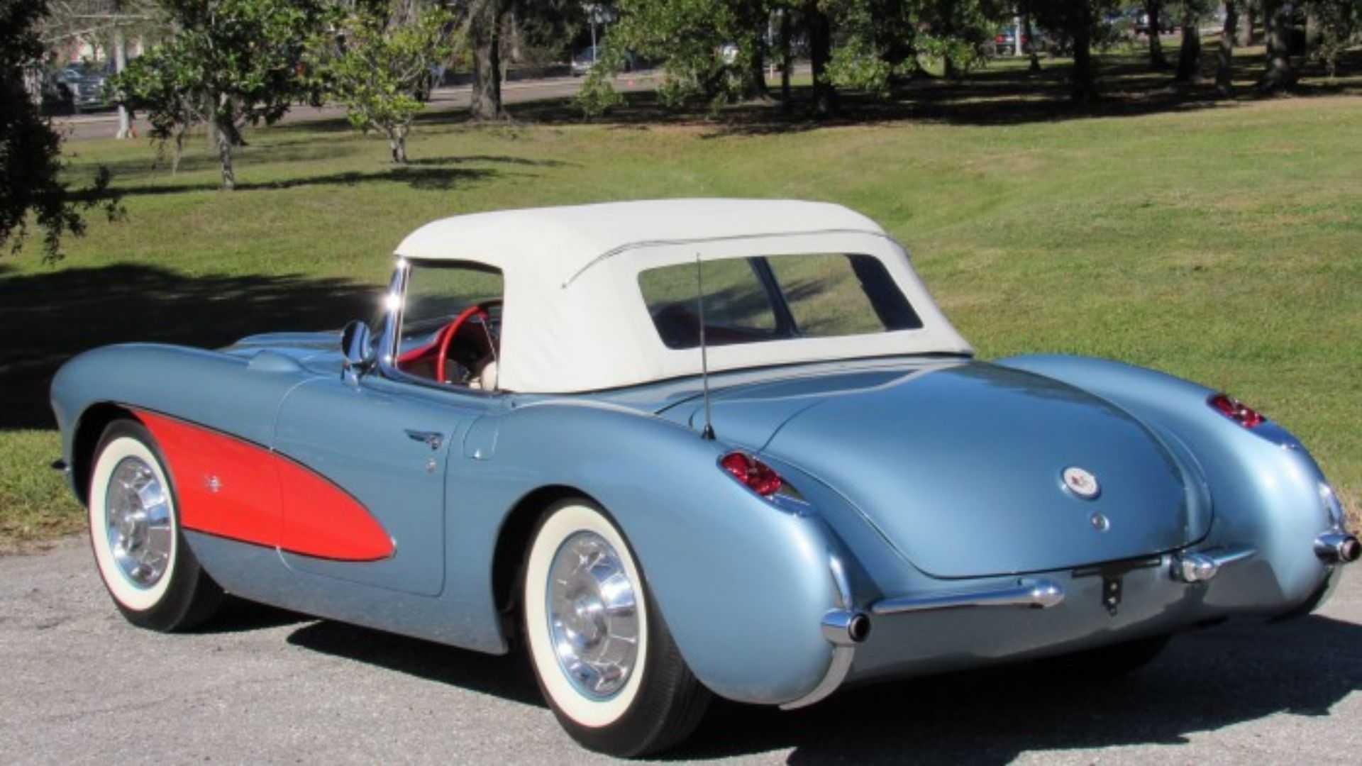 "[""Beautiful 1957 Chevy Corvette Boasts Rare Options""]"