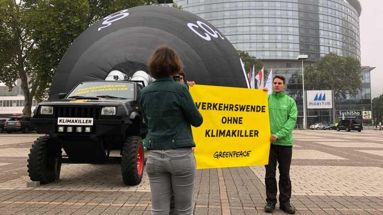 Salón de Frankfurt 2019, la protesta de Greenpeace