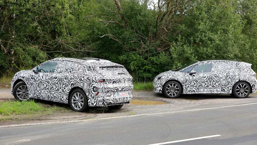 Volkswagen ID.3 and ID.CROZZ spotted together testing